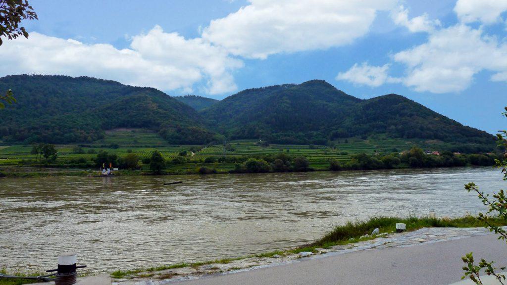 Doonau jõgi. Donau river